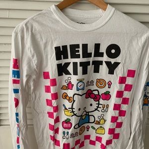 Hello Kitty Graphic Tee Long Sleeve Size Small